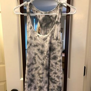 Mossimo grey and white tie dye workout tank